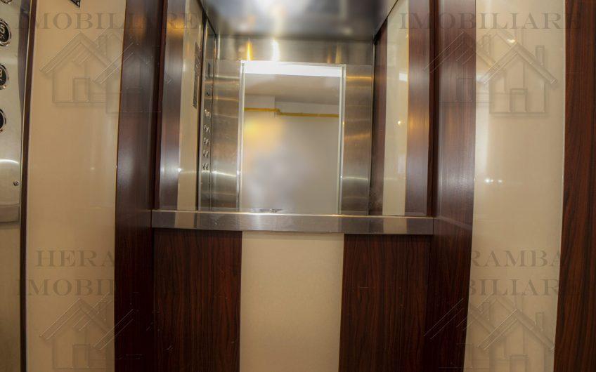 Apartament 3 camere luxos blvd.Octavian Goga, decomandat,etajul 1/ 7,bloc 1996, o excelenta investitie
